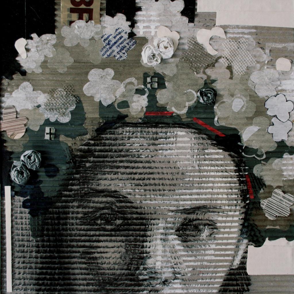 acrilico, carboncino, carta velina , scotch, rete su cartone ondulato. 40x40 cm